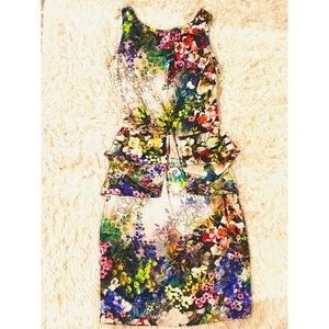 Dresses & Skirts - Colorful flower print pencil dress 👗